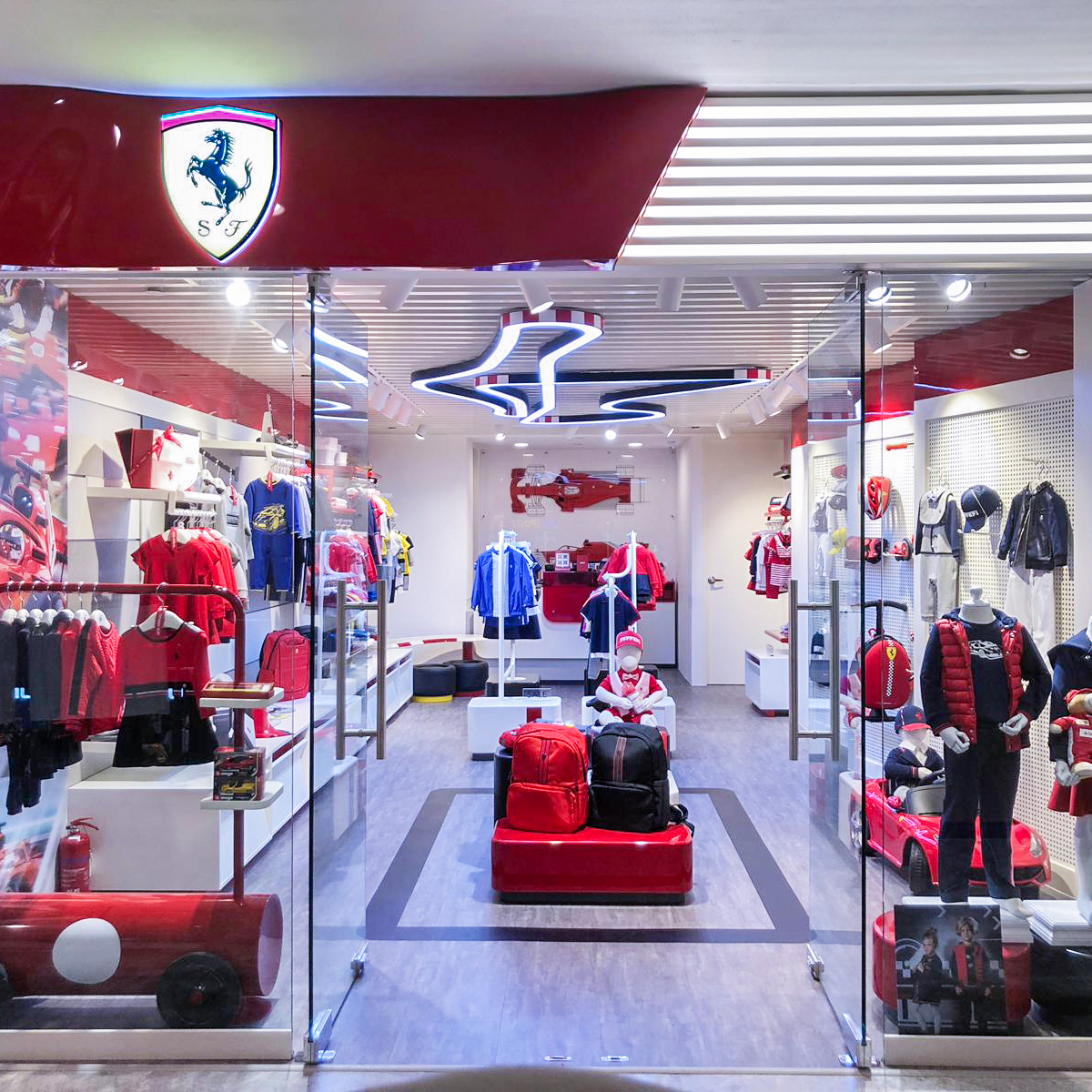 Ferrari Store Junior